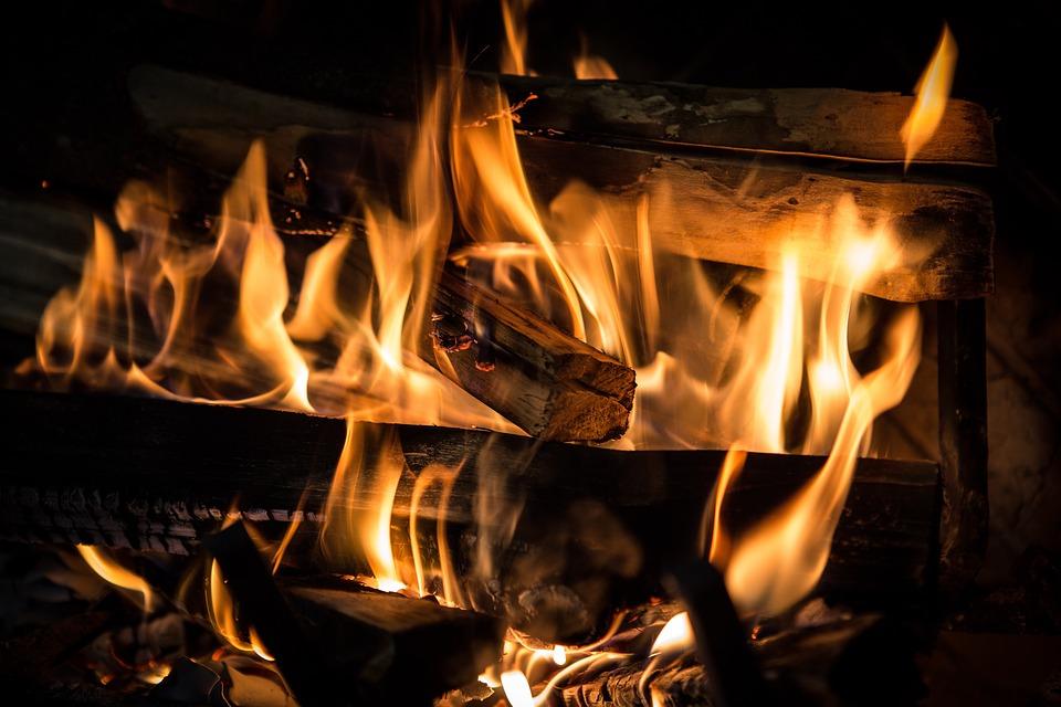 kaminske peči na drva