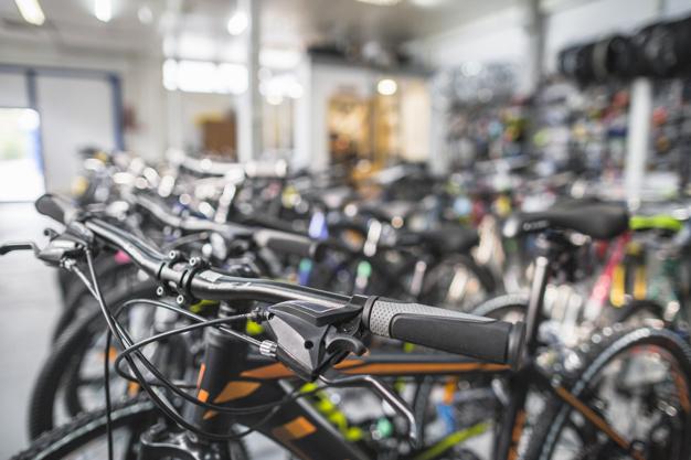 cestna kolesa akcija, kolesarska trgovina